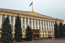 Липецкие власти ввели режим самоизоляции и разрешили выходить из дома в исключительных случаях