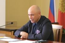Липецкий губернатор Игорь Артамонов не спешит на вершину престижного медиарейтинга