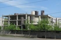 Недостроенный развлекательный комплекс на 36 тысяч «квадратов» в Липецке отобрали у владельца через суд