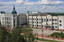 Задававшая вопрос липецкому губернатору о ценах на бензин студентка Елецкого госуниверситета пока не отчислена