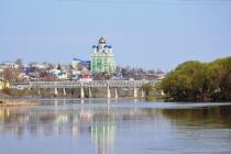 Жителям Ельца показали проект набережной, который обошелся в 20 миллионов рублей