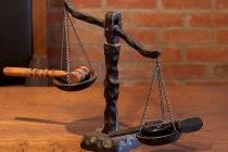 Липецкие коммунисты судятся с областными чиновниками из-за 22 рублей