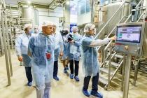 Губернатор Липецкой области Игорь Артамонов побывал на заводе «Лебедяньмолоко»