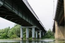 Липецкие власти планируют потратить 1 млрд рублей на ремонт Петровского моста