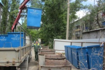 В Липецке массово меняют мусорные контейнеры