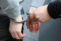 Липецкие полицейские задержали вооружённого пистолетом мужчину в отделении Сбербанка