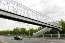 Строительство современного надземного перехода с подъемниками в Липецке обошелся «Черноземуправтодору» в 26 млн рублей