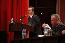Сотрудники Липецкого технического университета захотели видеть в кресле ректора Павла Сараева