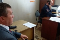 В Липецкой области кандидата в губернаторы задержали за встречу с избирателями