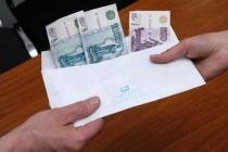 Директор усманского мясокомбината перестал платить зарплату работникам предприятия