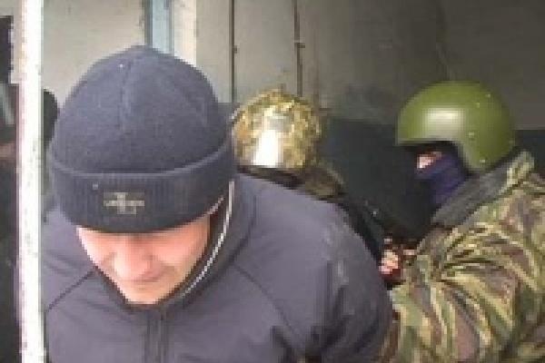 В Липецке задержаны уличные грабители вооруженные... серпом