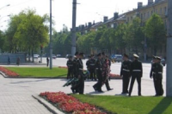 7 мая закроют движение через площадь Героев