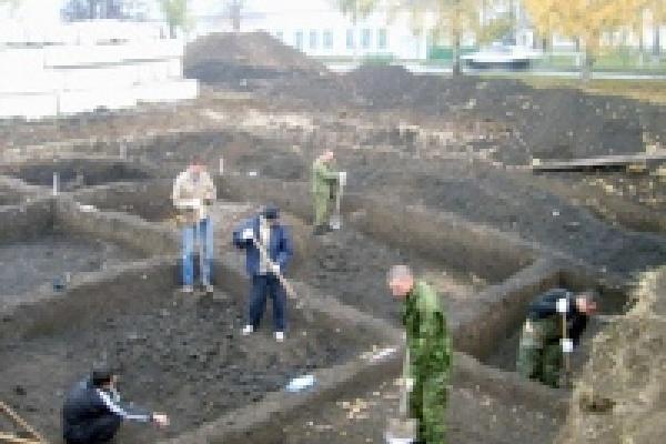 В центре Липецка нашли старинные монеты