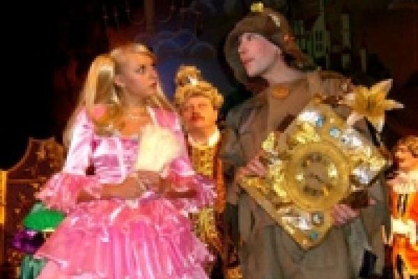 Липецкий драмтеатр откроет фестиваль в столице