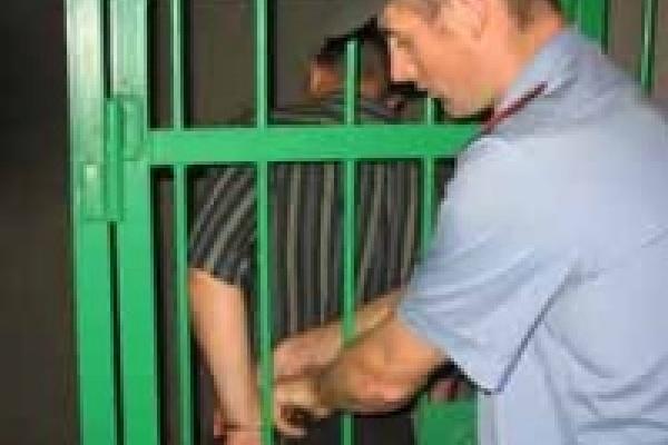 Разбойник-насильник проведет за решеткой четыре года