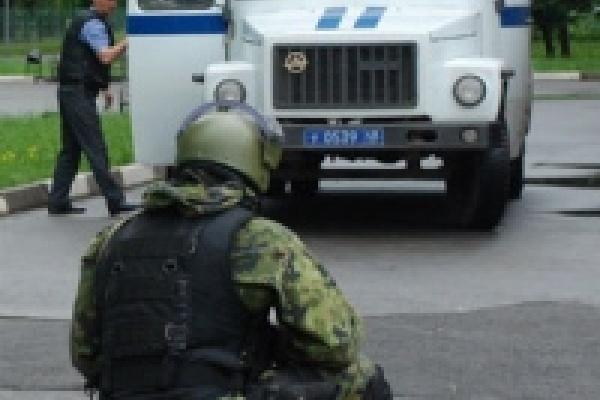 В Липецке прошли учения спецназа