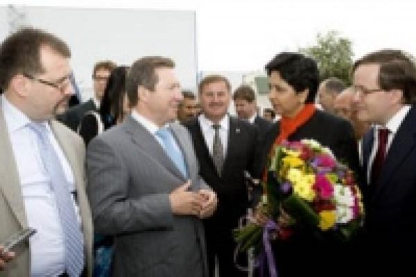 Губернатор предложил компании «PepsiCo» делать в Липецкой области молочные напитки