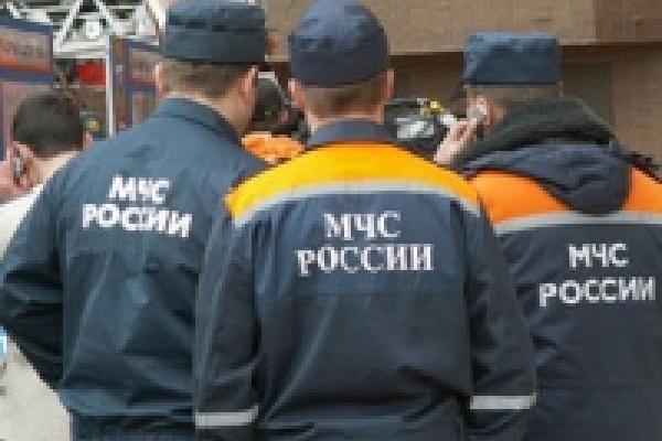 Липецким милиционерам потребовалась помощь спасателей