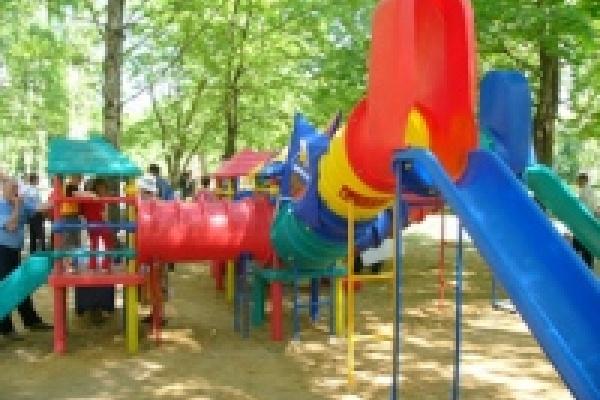 ГУК «Центральная» накажут за плохое состояние детской площадки