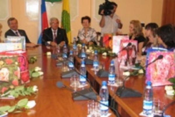 Мэр Липецка встретился с молодыми педагогами