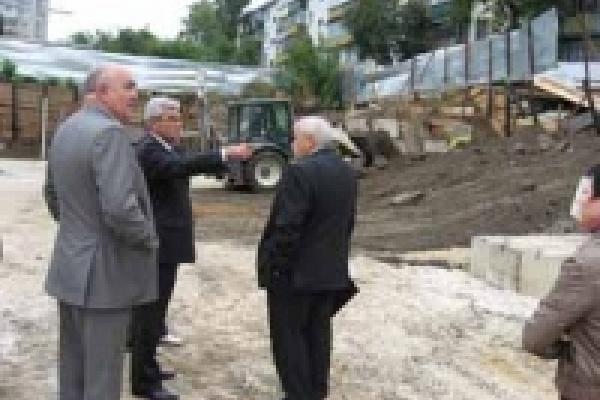 Мэр запретил строить подземные гаражи