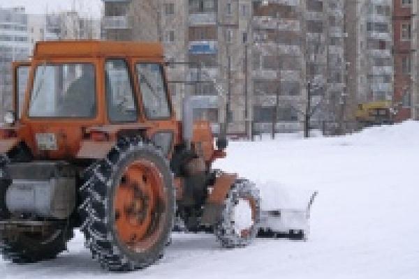 Снегоуборочный трактор раздавил человека