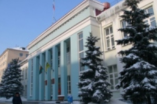 В Липецке губернатор наградил депутатов горсовета