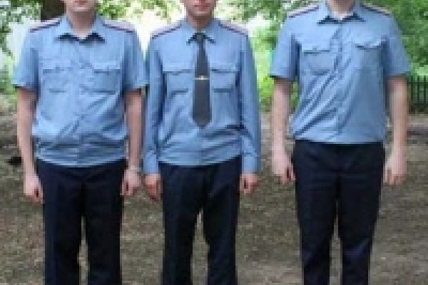 Юдашкин переодел сотрудников милиции