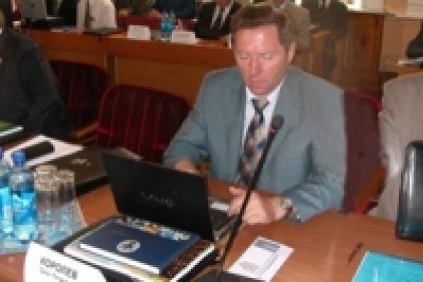 Доктор экономических наук Олег Королев готовится к защите новой диссертации