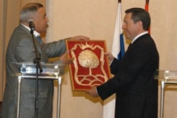 Олег Королев присягнул жителям Липецкой области
