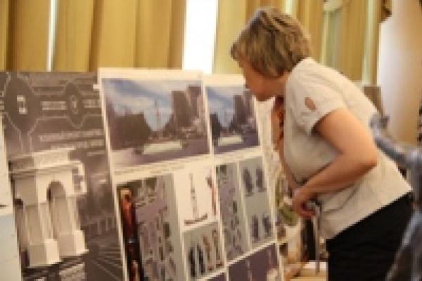 В мэрии открывается выставка проектов памятника Победы