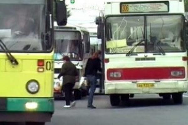 Работа муниципального транспорта во время празднования Дня города
