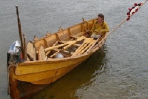 Участники экспедиции попали в шторм