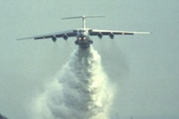 В Липецкой области тушить пожары уже помогает авиация