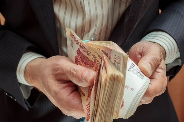 Липецкая дорожная компания «кинула» своих сотрудников почти на полмиллиона рублей