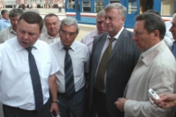 Губернатор обсуждает с начальником ЮВЖД перспективы развития железнодорожной инфраструктуры