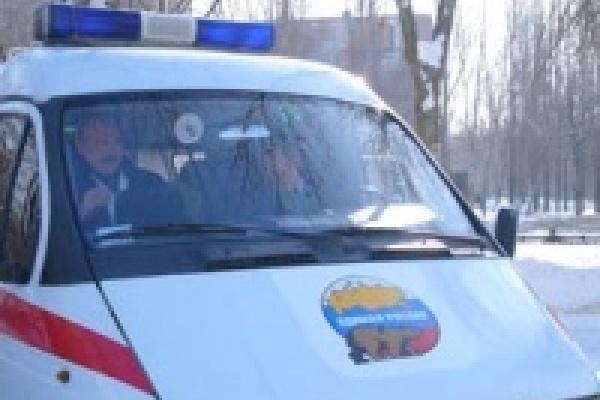 Единоросы выступили против политического кризиса в Ельце
