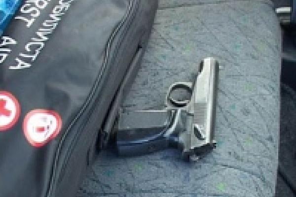 Оружие в суды пока пронести не удалось