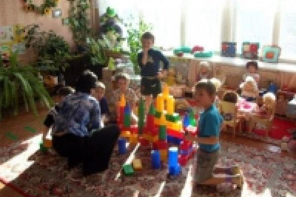 С 1 января в Липецкой области вырастет зарплата воспитателей детских садов
