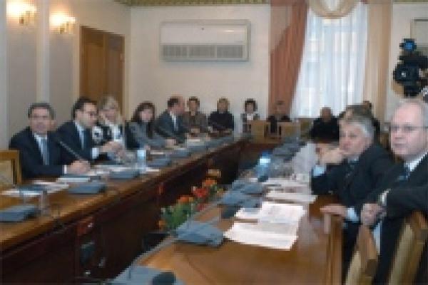 Липецкий губернатор побеседовал с руководителем российского представительства банка «Интеза Санпаоло»