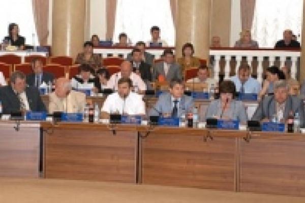 В бюджете Липецкой области на 2011 выросли расходы на строительство и ремонт дорог и социальную сферу