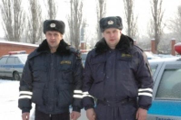Инспекторы ГИБДД спасли жительницу Липецка