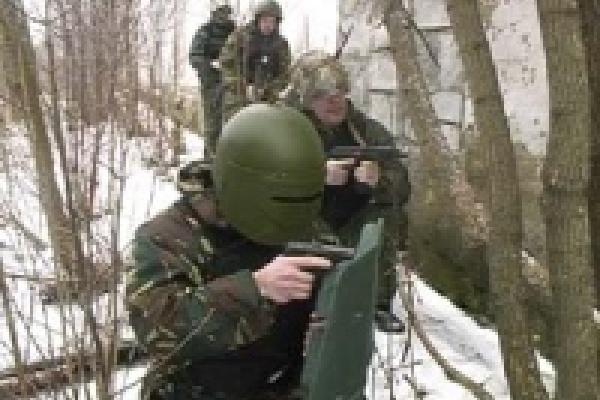Милицейские спецподразделения провели облавы в Ельце