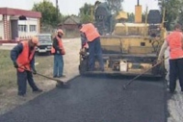 В Липецке проводится ямочный ремонт дорог