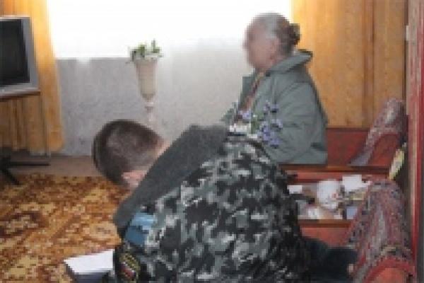 Обидчица пенсионерки задержана