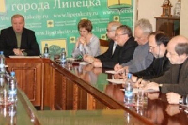 В мэрии Липецка обсудили место расположения памятника Победы
