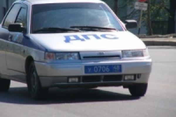 В Липецкой области в перевернувшемся автомобиле погиб человек