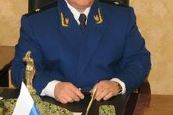 Президент продлил полномочия Анатолия Щурова еще на 2 года