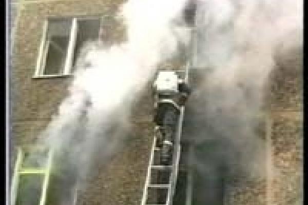 Пожарные спасли ребенка