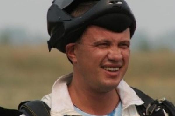 Парашютисты Липецка посвятят свой рекорд Дню России